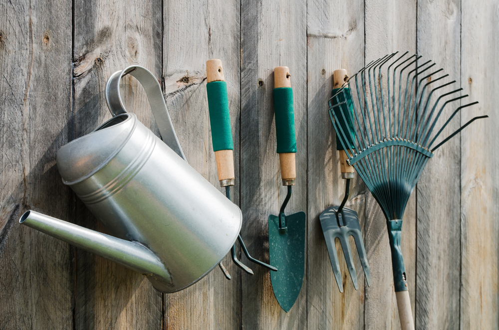 outils produits jardin